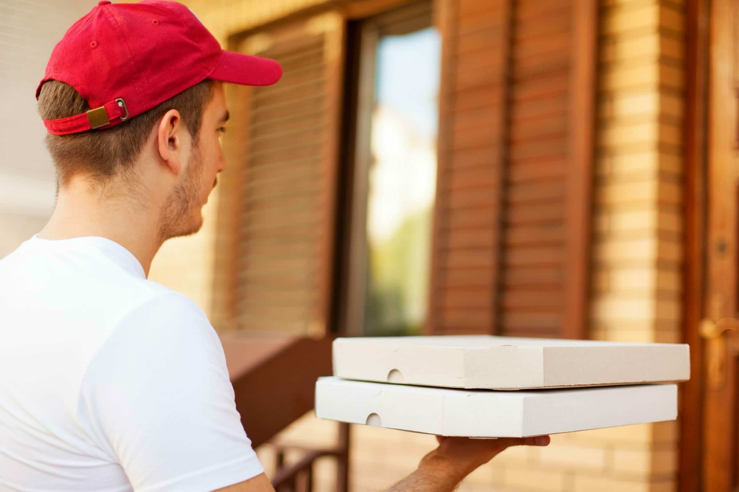 how-much-to-tip-pizza-delivery