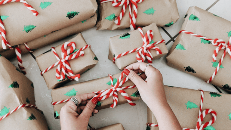 The 4 Gift Rule: What It Is and Why You Should Follow It